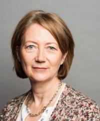 Lesley Seary CBE, Chair People and Culture Committee