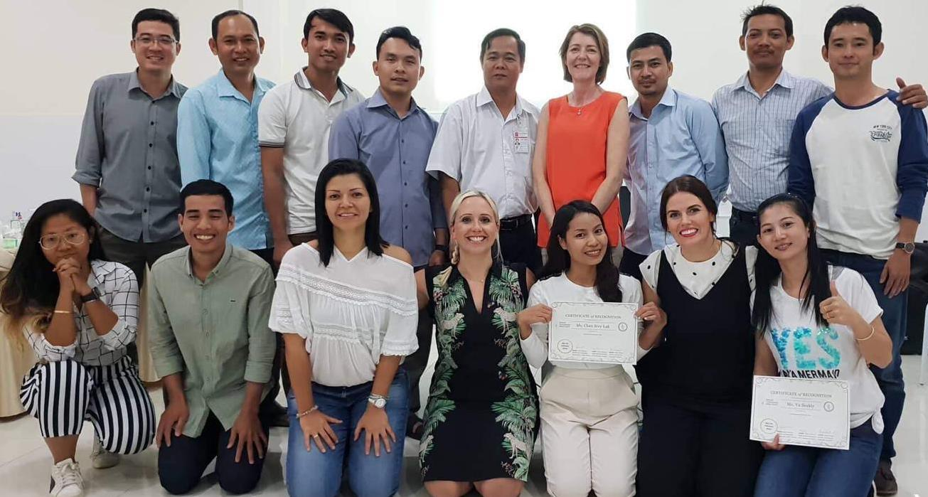 Alexia (front centre) with the group of Cambodian healthcare workers and fellow speech therapists