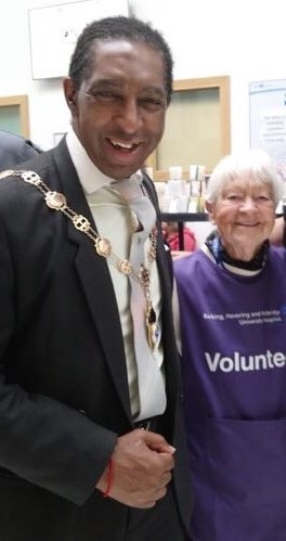 The Mayor with volunteer Edie Lay
